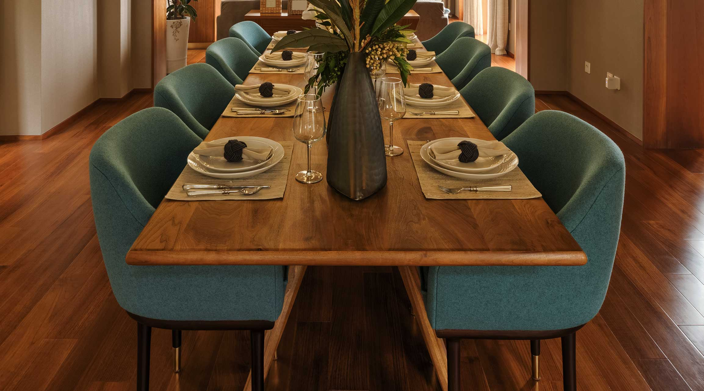 Upholstery Dining Room Furniture
